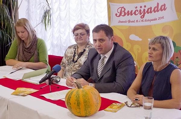 S najavne konferencije za novinare u Ivanićanki (Fotografija Grad Ivanić-Grad)