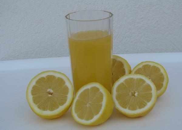 Osvježenje i zdravlje u čaši (Snimio Stanislav Štambuk)