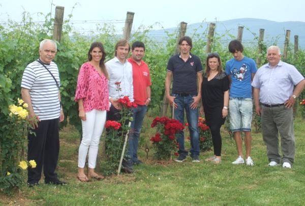 Slavni gosti u pleterničkom vinogradu (Fotografijas Markota)