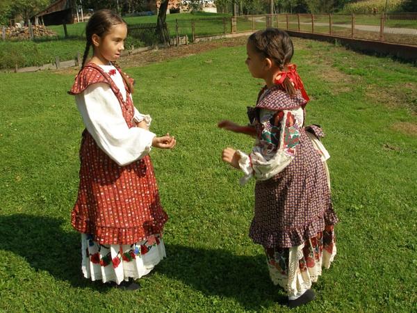 Igra Eci peci pec (Snimila Slavica Moslavac / Muzej Moslavine Kutina)