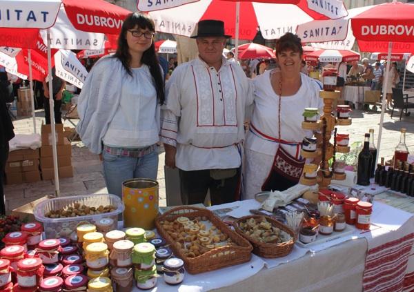 Peku li bolje džemove, pekmeze i marmelade Slavonci, Moslavčani, Dalmatinci…? (Fotografija: DEŠA)