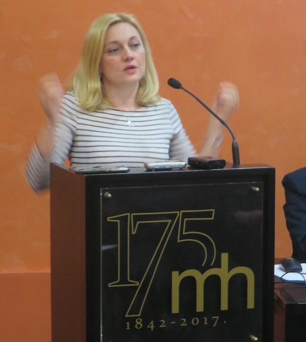 Izlaganje europske zastupnice Marijane Petir izazvalo je nemali pozor (Fotografija Miljenko Brezak / Živi selo)